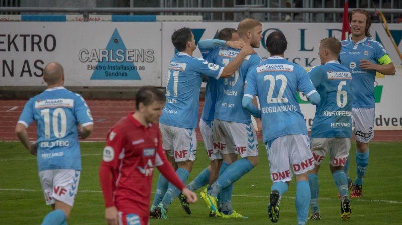Sandnes Ulf kan juble for 1 av 2 scoringer mot Levanger. Foto: Rune Helliesen.