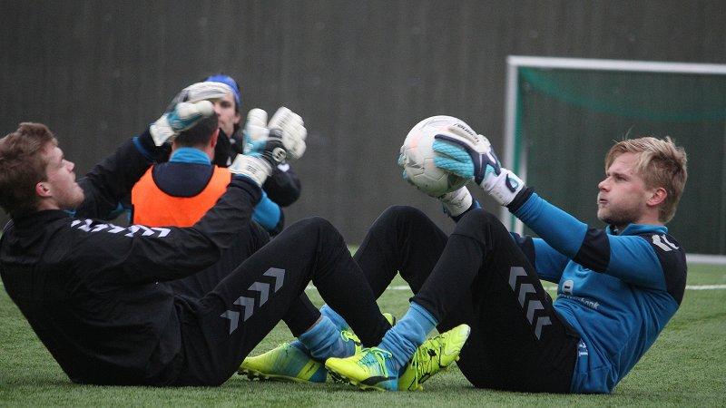 Høidahl (til høyre) på en trening tidligere i vinter.